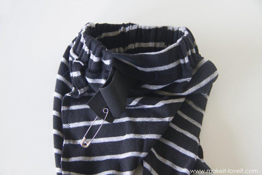 simple-DIY-baby-boho-leggings-from-a-tshirt-21