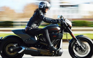 harley davidson fdxr 114, moto harley, harley dragster, moto dragster, moto bajita, motos custom, motos para mujeres