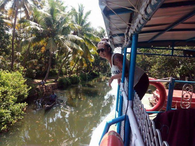 Navegando por los Backwaters de Kerala
