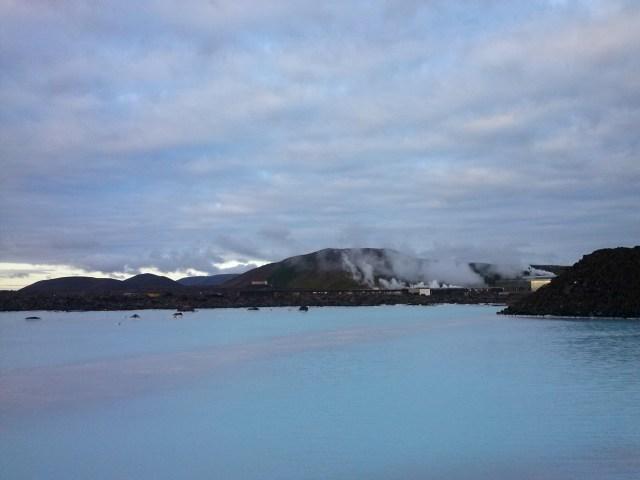 Panoramica de la Laguna Azul en Islandia