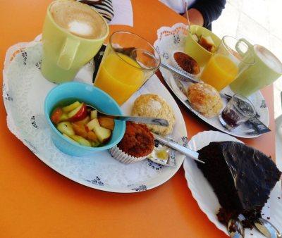 Delicioso desayuno en Pimenta Rosa.