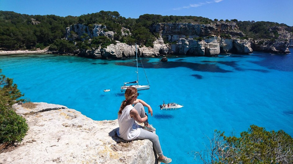 MENORCA: TURQUESA IS THE NEW BLACK.