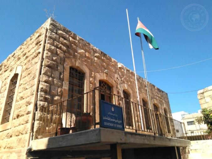 Edificio típico en Áqaba.