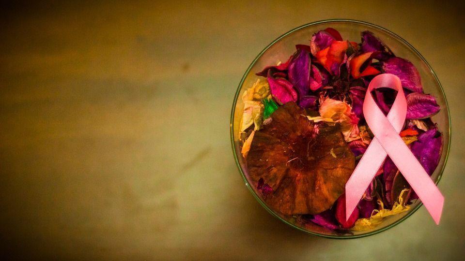 Todos contra el cáncer de mama: súmate al rosa