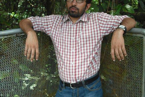حق مغفرت کرے عجب آزاد مرد تھا…….محمد حسیب حیات ٹوانہ