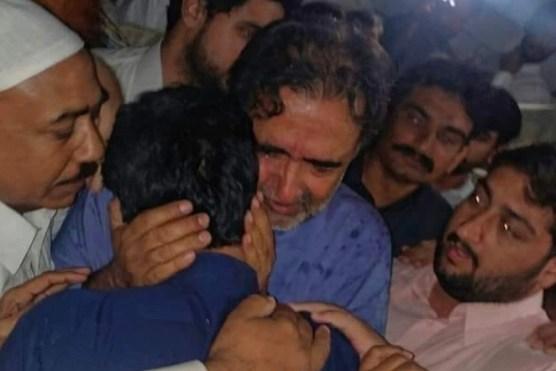 کائرہ صاحب اور صحافی ۔۔۔ طاہر علی خان