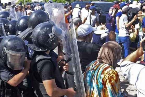 تیونس: پولیس کا الجزیرہ کے دفتر پر دھاوا
