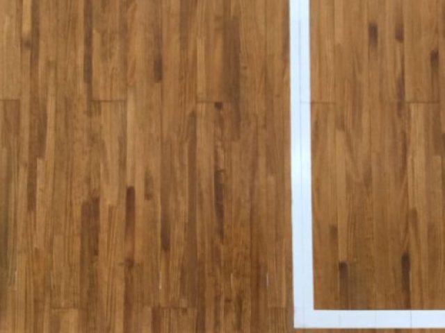 剣道場床のオイル塗装
