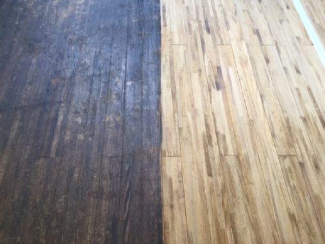 剣道場床の汚れ除去