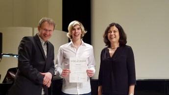 Philip Woloch: 1. Preis mit Weiterleitung zum Bundeswettbewerb, AG III+ (Klasse MMag. Sabine Pawikovsky, Korrepetition: Thomas Malina)
