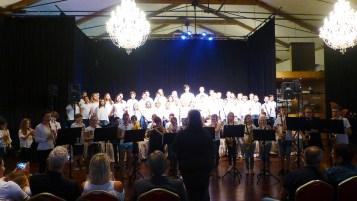 Bläserklassen und Mini-Bläser mit Singklassen und Großem Kinderchor