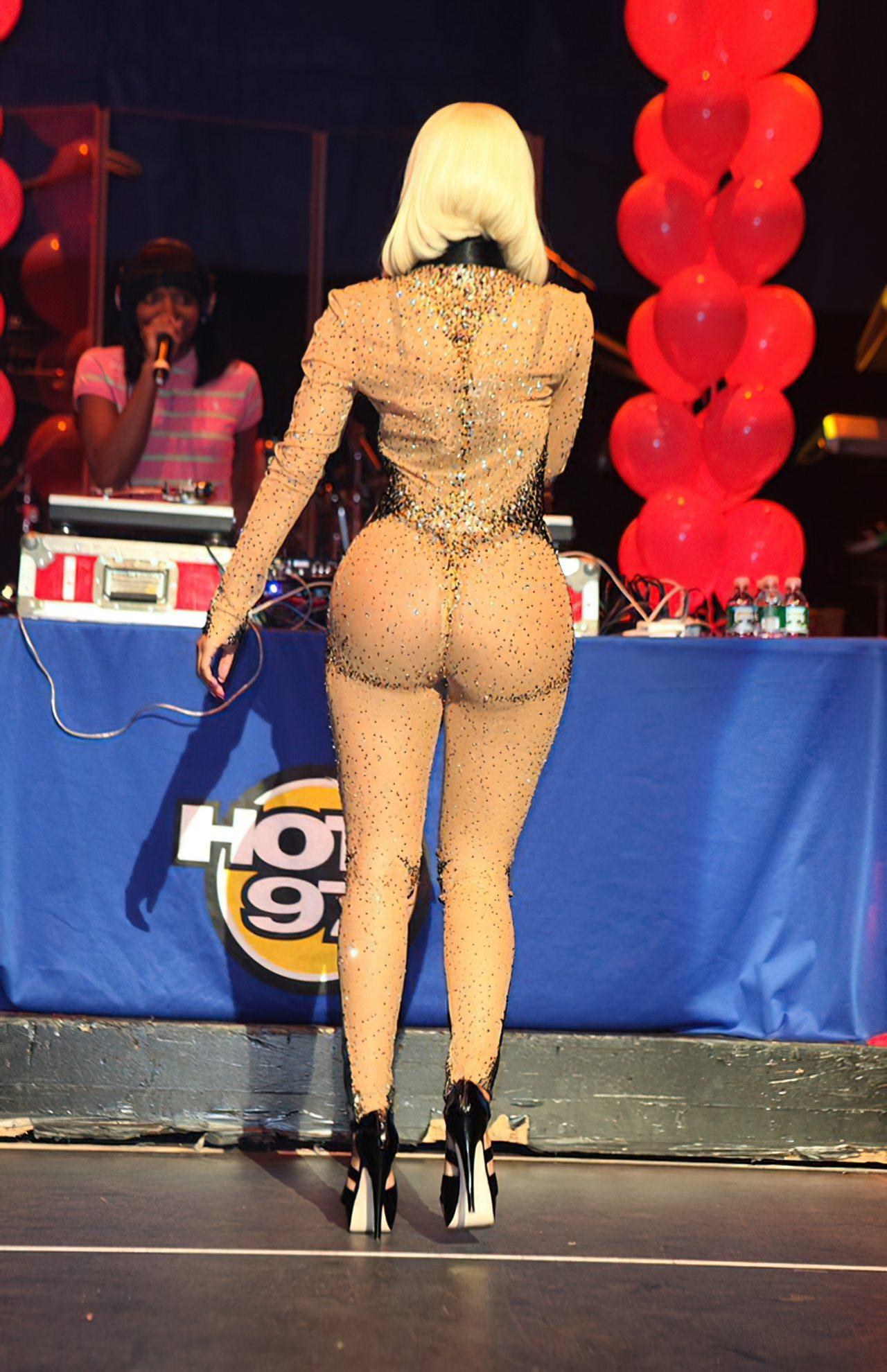 Nicki Minaj (3)