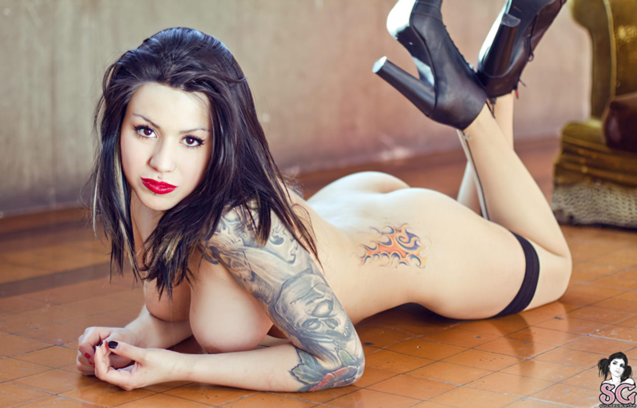 Suicide Girl (2)