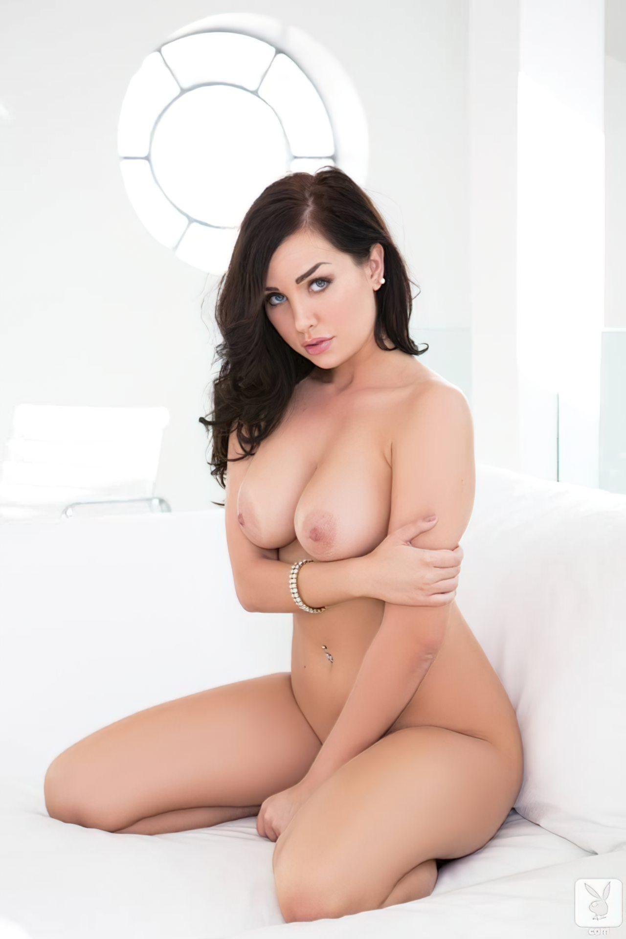 Ann Denise na Playboy (32)