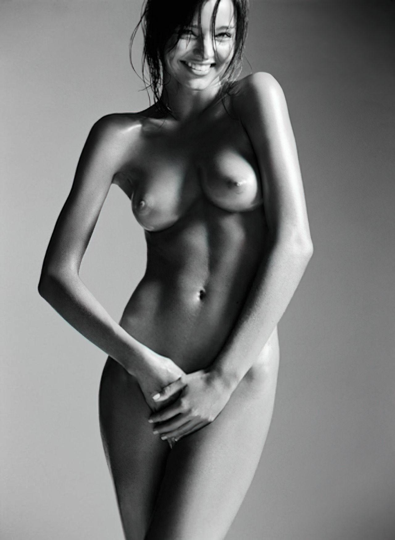 Miranda Kerr (32)
