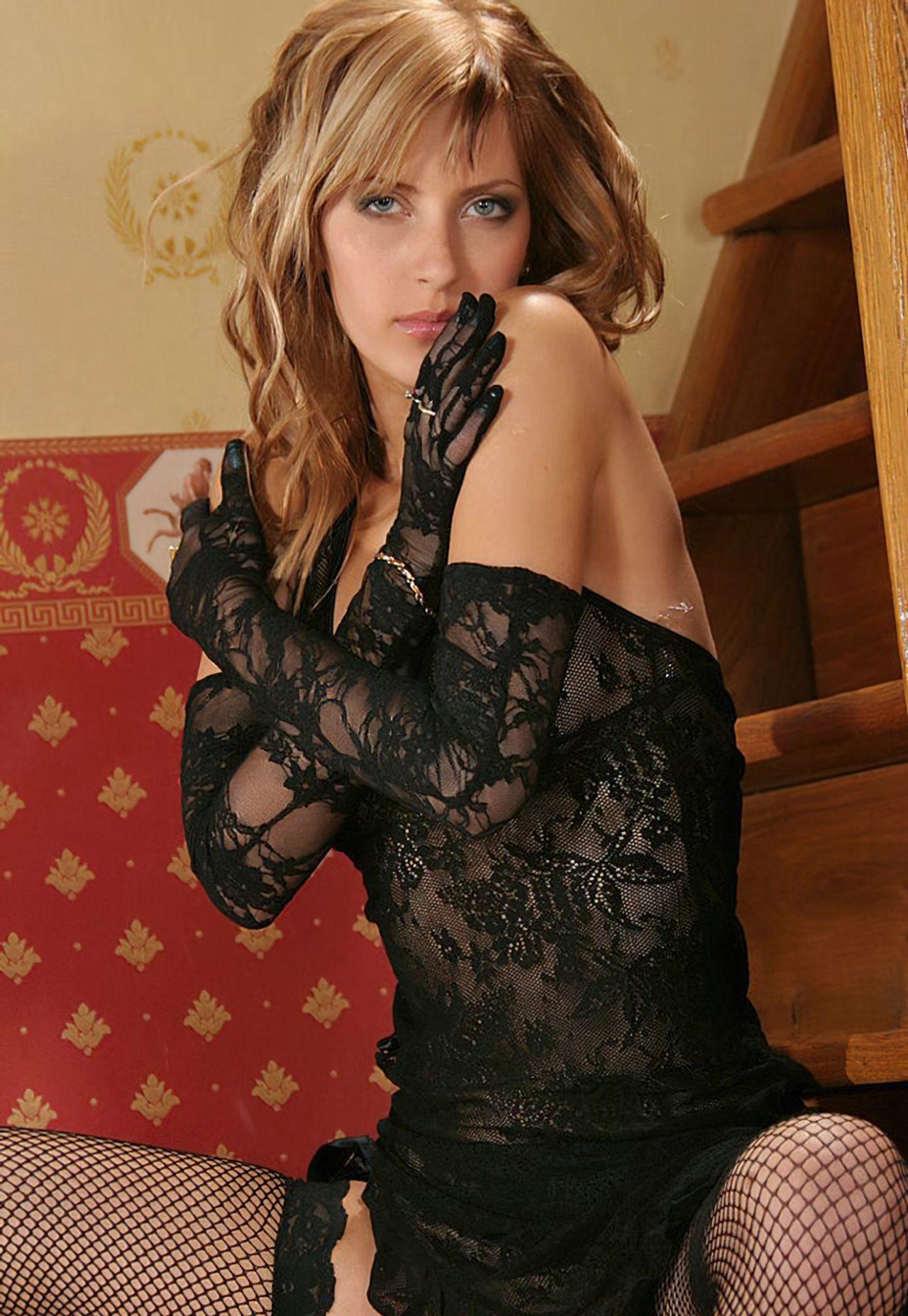 Nicole Sensual (27)