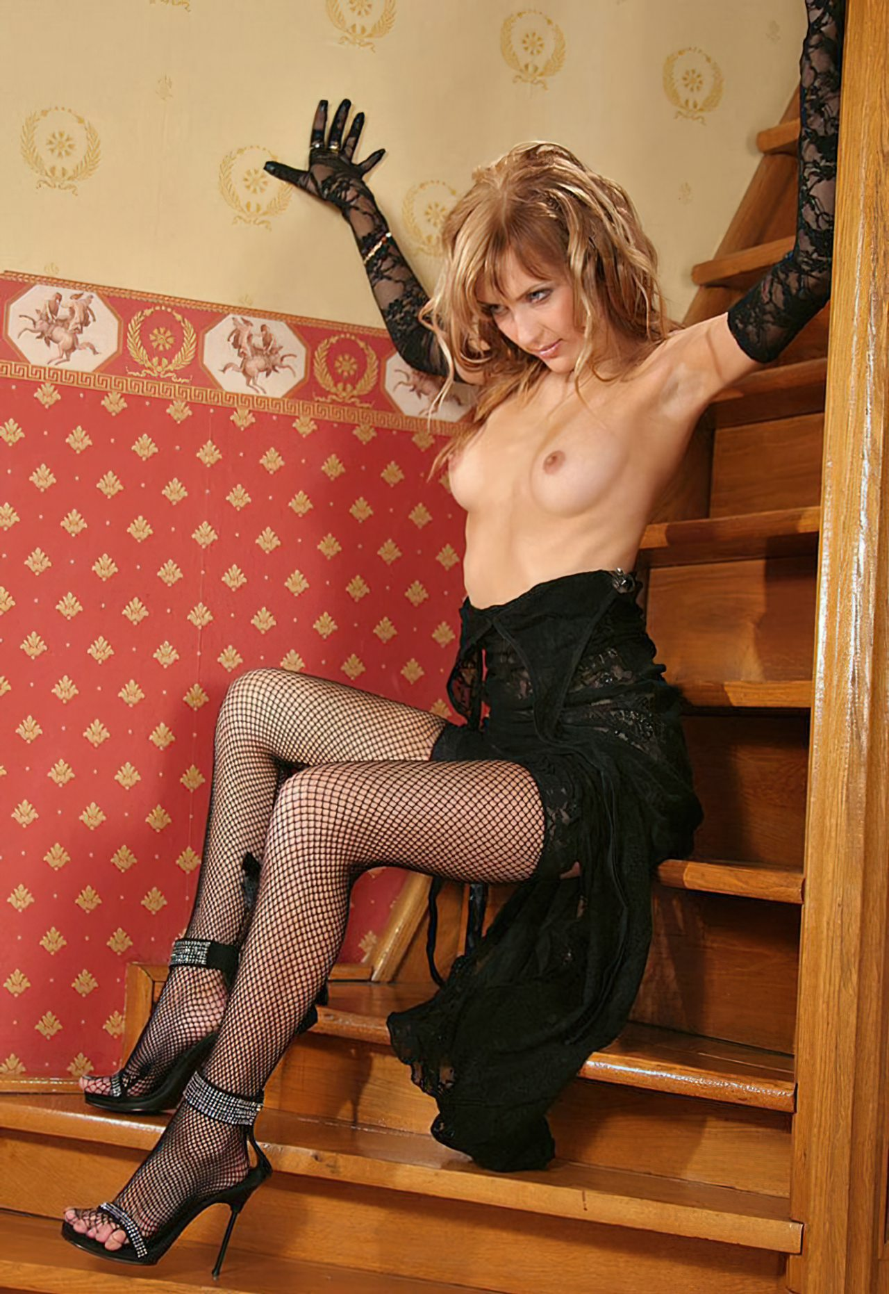 Nicole Sensual (30)