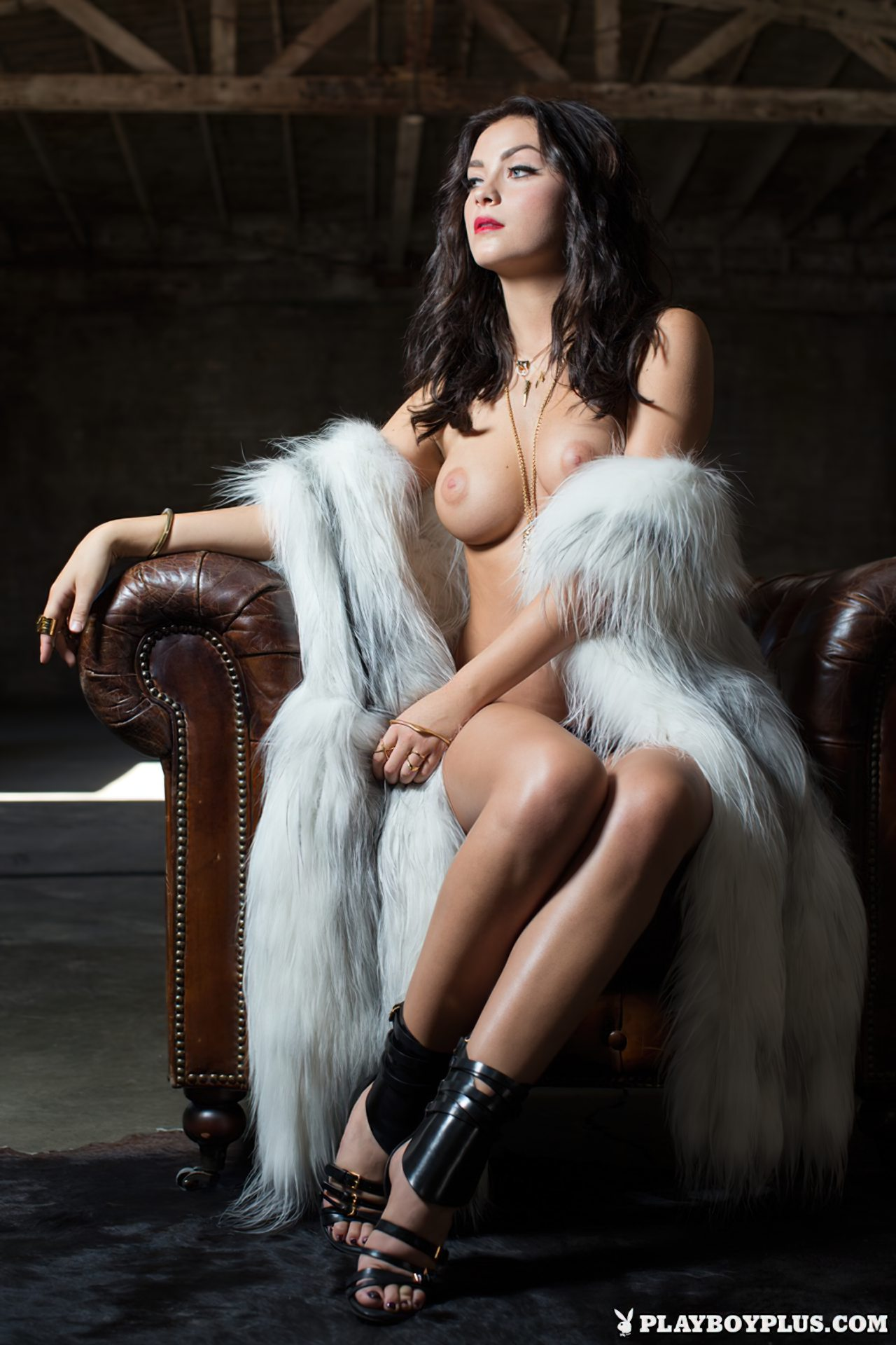 Alexandra Tyler Nua (5)
