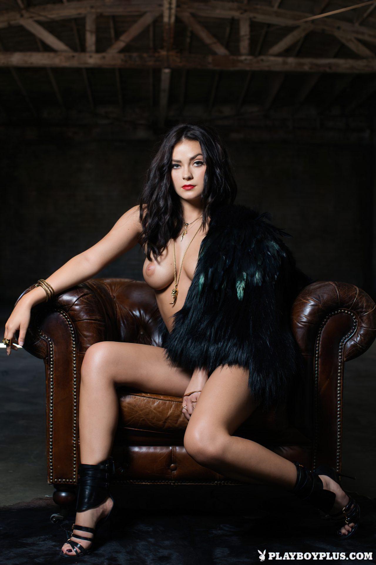 Alexandra Tyler Nua (8)