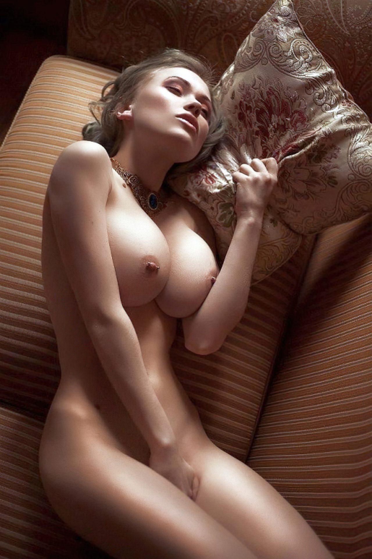 Mulheres Sem Roupa (48)