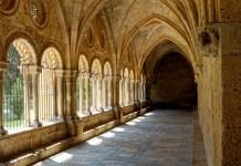 Significado de Sonhar com abadia