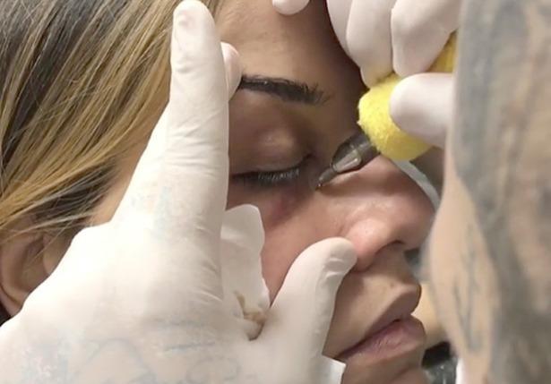 Tatuagem para cobrir olheiras
