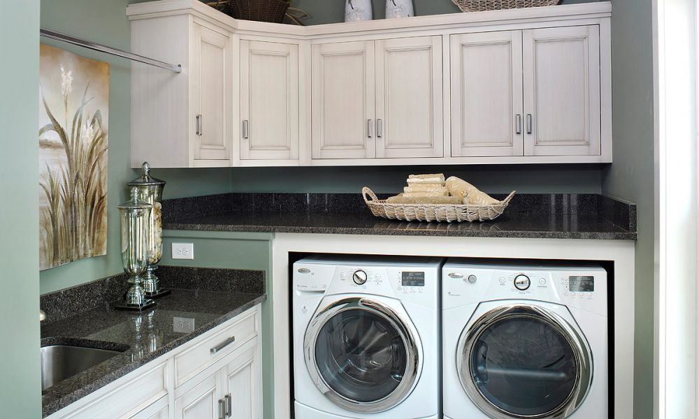 Mullet Cabinet — Efficient Use of Space on Laundry Cabinets  id=36708