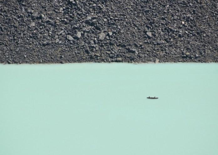 Glacier Lake no parque nacional de Banff, Canadá