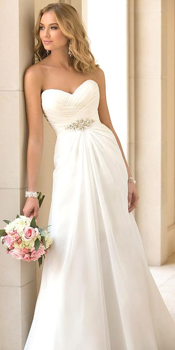 5660d604e35a1cb4f7724bd082e56fb3--designer-wedding-dresses-chiffon-wedding-dresses