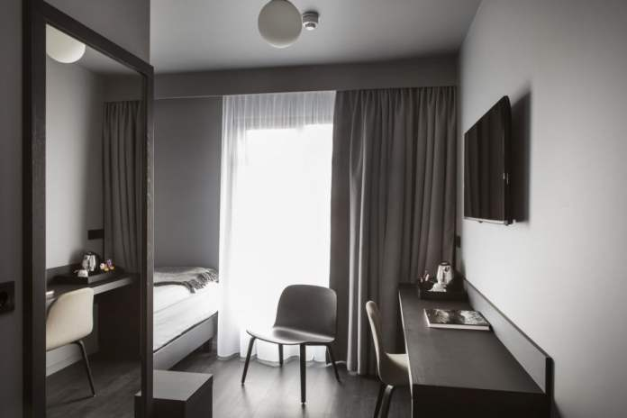 Skuggi Hotel - Single Room 1693