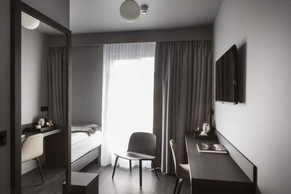 Skuggi Hotel - Single Room 1693