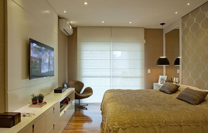 decoracao-quarto-de-casal-poltrona-marrom-patriciakolanian-366-proportional-height_cover_medium