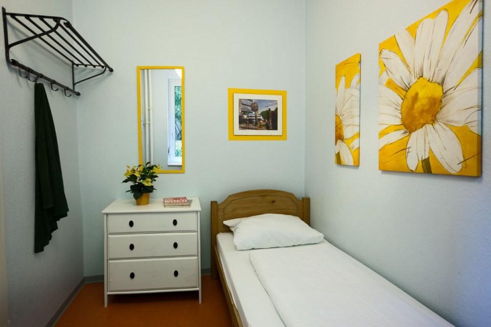 uinnberlinhostel_single_room1