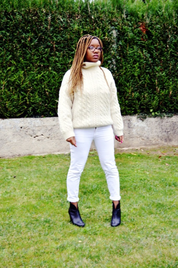 <!--:fr-->MON PULL BLANC COL ROULE VINTAGE <!--:-->