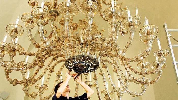 restauro lampadari antichi vintage in vetro