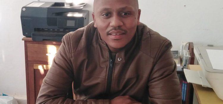 Mr Lazarus Makwena