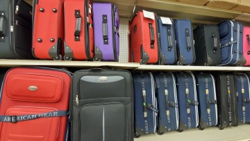 luggage and carry on luggage