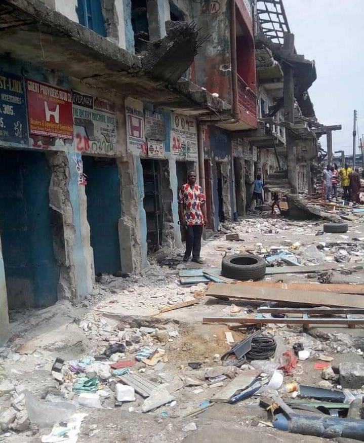 (Video) Rivers State Government demolish Ikoku Spare parts market
