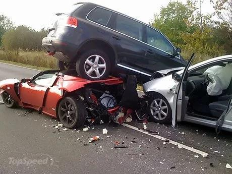 Armed Robbers In Serious Car Accident After Operation