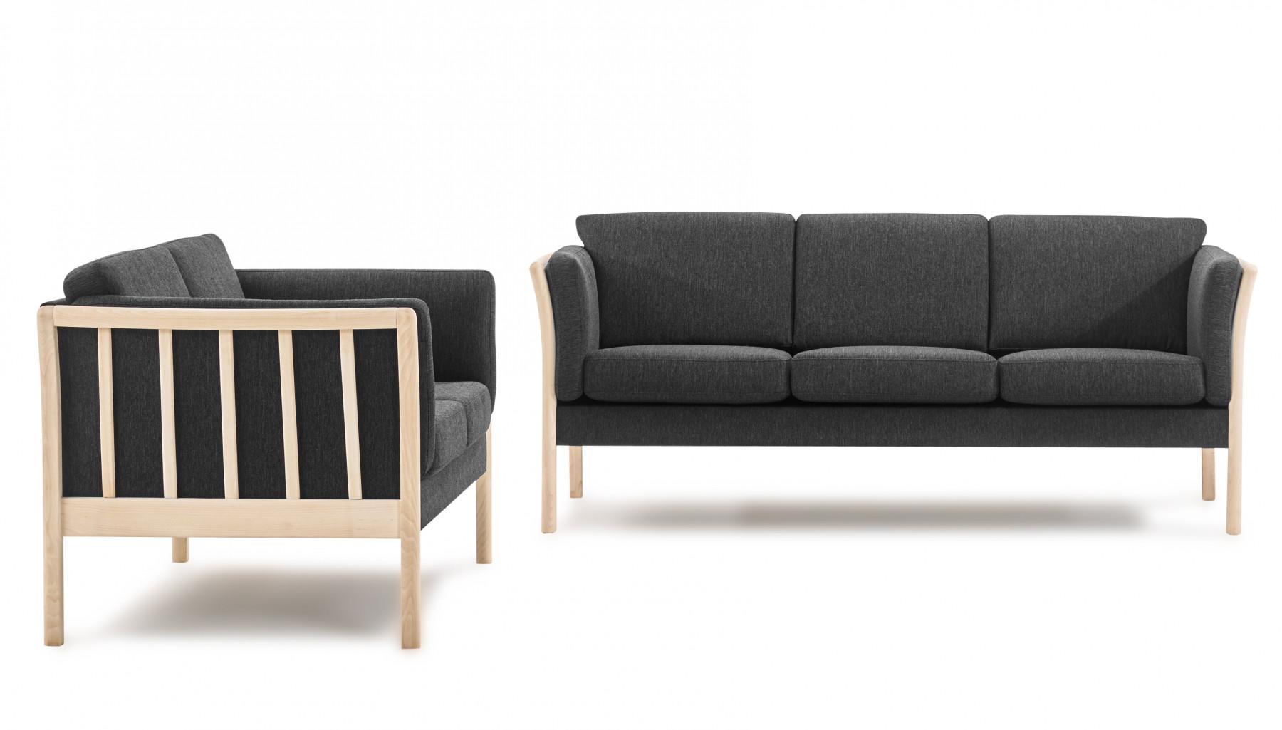 Flot Klassisk Sofasaet Med 2 3 Pers Tremme Sofa I Stof Med Stel I Bog