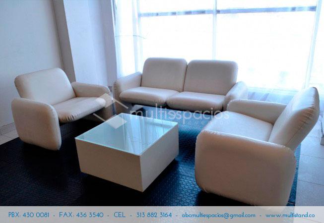 Alquiler de Sala Lounge blanca para eventos en Bogotá
