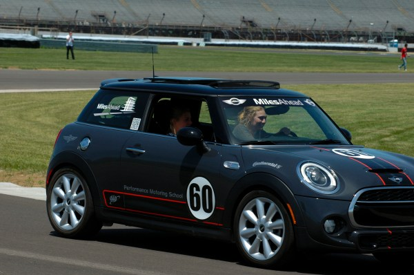 MINI USA OFFERS SAFE MOTORING TIPS FOR SUMMER DRIVING SEASON