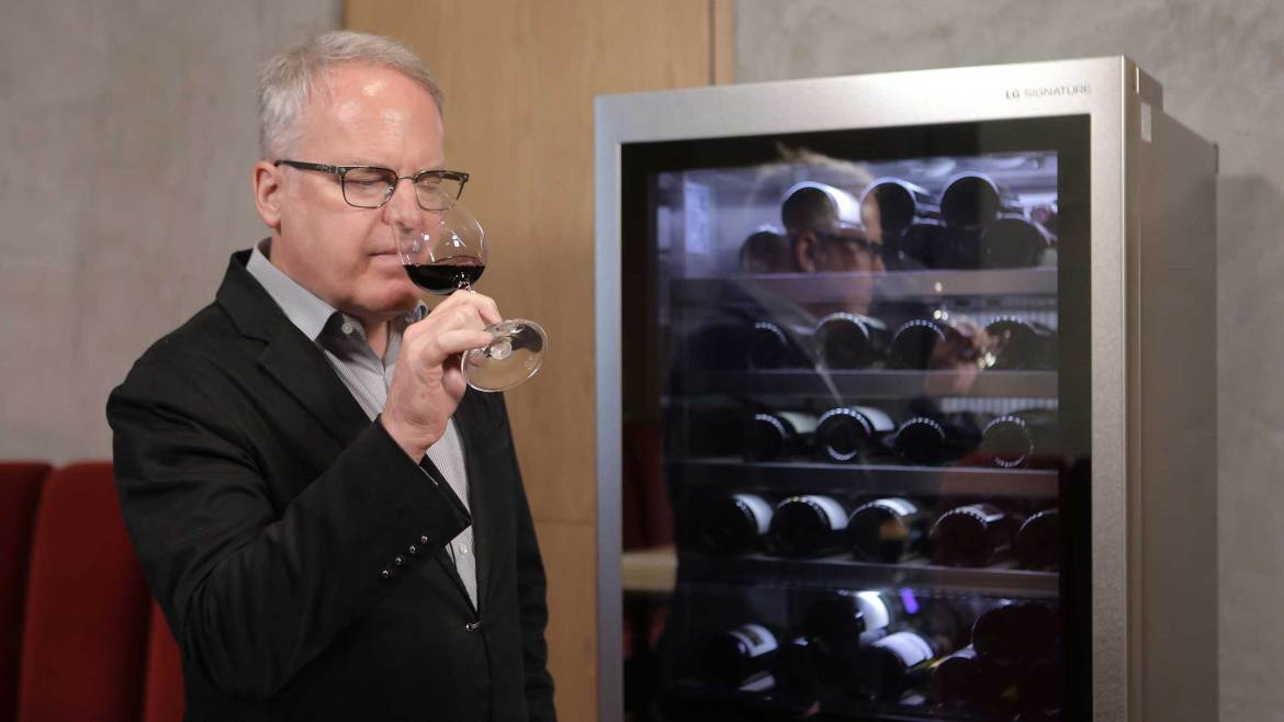 James Suckling - LG SIGNATURE ambassador and acclaimed wine critic