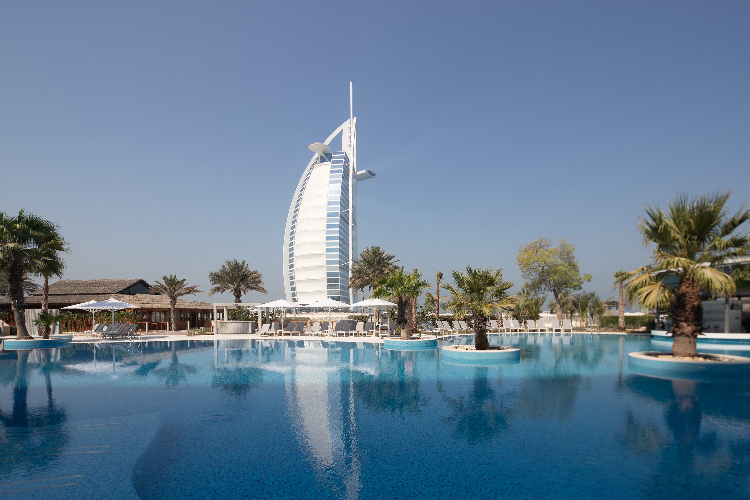 Jumeirah Beach Hotel Invites Guests To Create 20 More