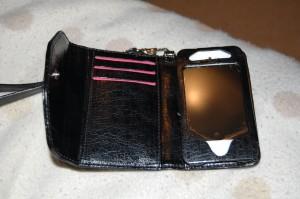 Mia Tui iPhone/iPod purse