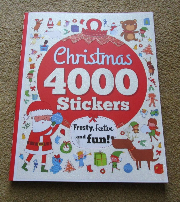 4000 Stickers Christmas Book