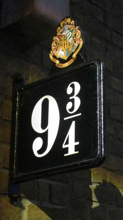harry potter tour platform nine and three quarters