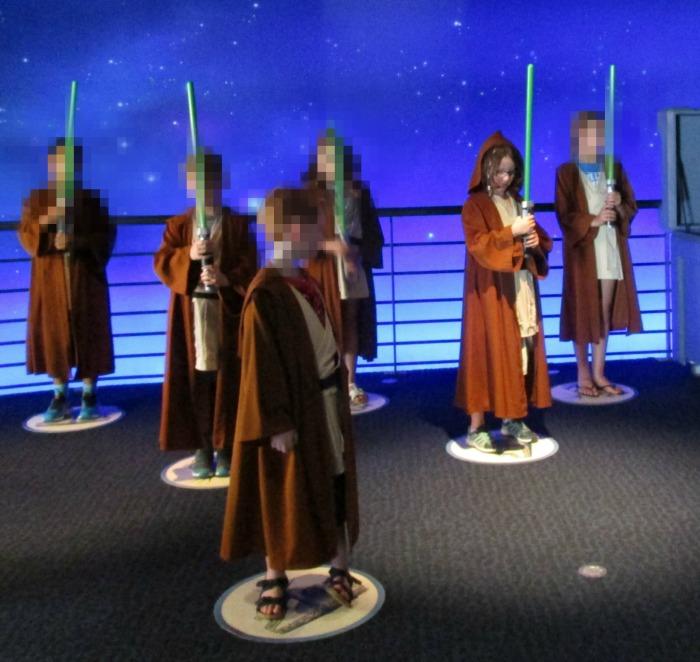 Jedi Training Academy Jedi H practicing