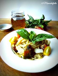 Ricetta Spaghetti Ai 5 Pomodori Con Pesto Di Basilico E Grana 28729