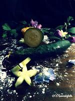 Ricetta delle Tartellette frangipane alla composta di cetriolo, tartellette con marmellata di cetriolo e crema frangipane per Re-cake 2.0 , Bakewell cucumber frangipane tart, Tartellette con confettura e frangipane, Bakewell Tart Recipe